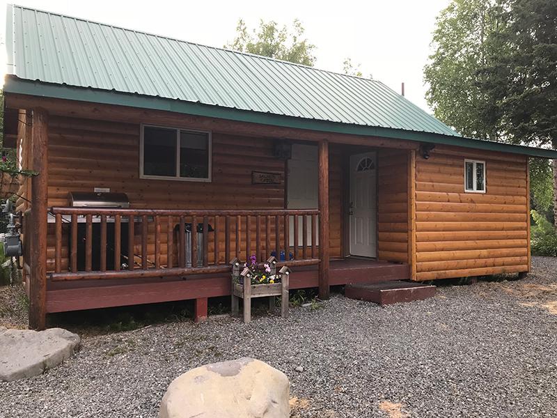 salmon-cabin